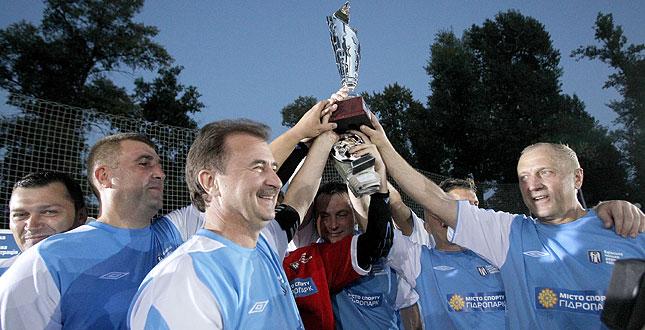 Команда КМДА отримала друге місце у товариському турнірі з футболу «Кубок Незалежності 2013»